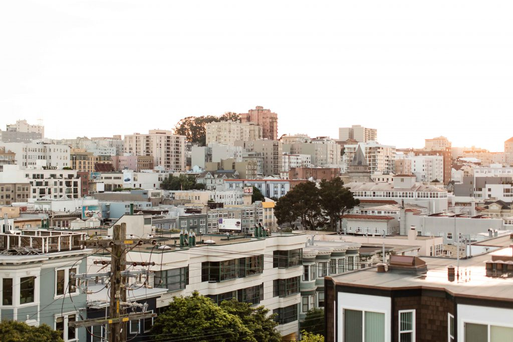 Roommates & Housing